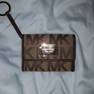 Small Michael Kors Wallet with Key ring